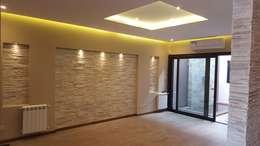 modern Living room by Arquitecto Oscar Alvarez