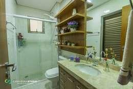Projekty,  Łazienka zaprojektowane przez Camarina Studio