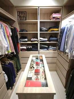 Vestidores y closets de estilo industrial por 協億室內設計有限公司