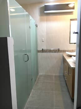 Baño moderno:  de estilo  por Spazio3Design