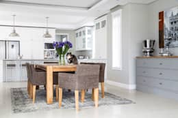 Dining room: classic Dining room by Salomé Knijnenburg Interiors