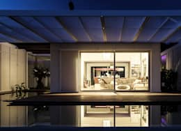 TARIFA HOUSE: Casas de estilo moderno por james&mau