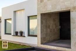 minimalistic Houses by Arq. Beatriz Gómez G.