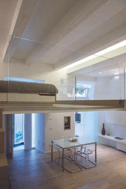 Un piccolo ma spettacolare appartamento a roma in soli 50 m for Interior design studio roma