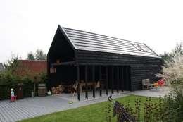 modern Garage/shed by Architectenbureau Jules Zwijsen