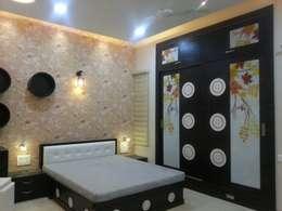 غرفة نوم تنفيذ YOJNA ARCHITECTS
