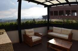 Roof Garden Guadalupe Inn: Terrazas de estilo  por Regenera Mx - Fábrica Ecológica