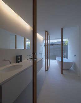 七隈の家: 森裕建築設計事務所 / Mori Architect Officeが手掛けた浴室です。