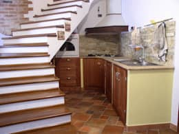 rustic Kitchen by falegnameria ziranu di balvis
