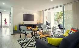 Apto  Felisa: Salas de estilo moderno por Maria Mentira Studio