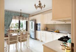 Öykü İç Mimarlık – Bursa Misspark Villa: klasik tarz tarz Mutfak