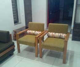 Living room: modern Living room by Swastik