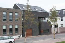 De poortwoning: moderne Huizen door Architectenbureau Jules Zwijsen