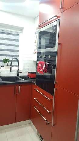 Cocinas de estilo moderno por Kleiderhaus ltd