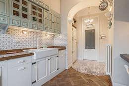 classic Kitchen by Facile Ristrutturare