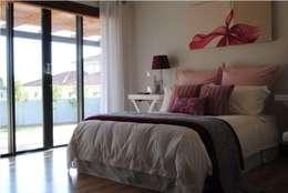 modern Bedroom by Salomé Knijnenburg Interiors