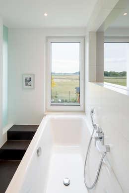 moderne Badkamer door Ferreira   Verfürth Architekten