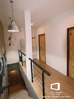 MODERN LOFT 2-STOREY HOMES:  ระเบียง, นอกชาน by BEYOND HOME (THAILAND) Co.,Ltd