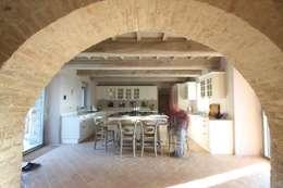 Cocinas de estilo rural por marco carlini architetto