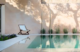 Swimming pool designs: modern Pool by Tono Vila Architecture & Design