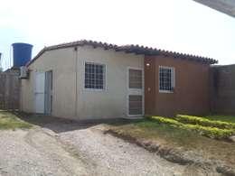 Vivienda Existente: Casas de estilo moderno por Arq. Alberto Quero