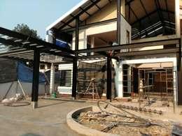 NHO PROJECT renovation:  กำแพง by  good space  plus interiror- architect co.,ltd
