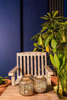 rustic Living room by Turiya Lifestyle LLP