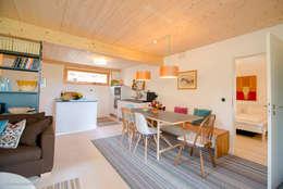country Kitchen by w. raum Architektur + Innenarchitektur