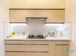 3 BHK apartment - RMZ Galleria, Bengaluru: modern Kitchen by KRIYA LIVING
