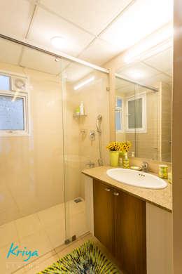 3 BHK apartment - RMZ Galleria, Bengaluru: modern Bathroom by KRIYA LIVING