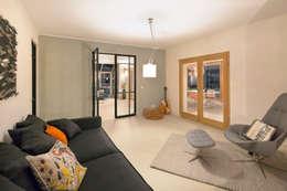 Гостиная в . Автор – CARLO Berlin - Architektur & Interior Design