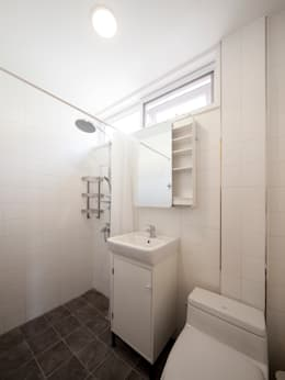 Ванные комнаты в . Автор – Design Guild