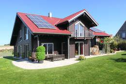 Дома в . Автор – RO-REI Holzhaus GmbH & Co.KG