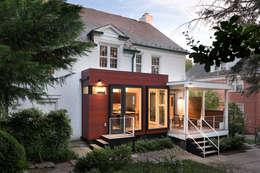 Projekty, nowoczesne Domy zaprojektowane przez KUBE Architecture