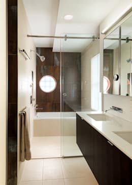 Projekty,  Łazienka zaprojektowane przez KUBE Architecture