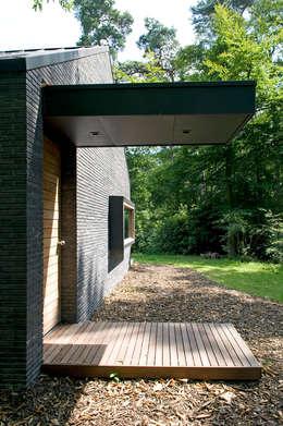 Boshuis: moderne Huizen door WillemsenU