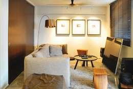 غرفة المعيشة تنفيذ Quen Architects