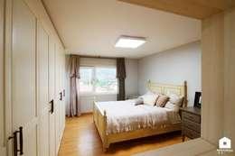 modern Bedroom by 친친디 하우스 프로젝트