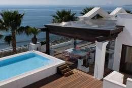 Casas de estilo mediterraneo por COBERTI