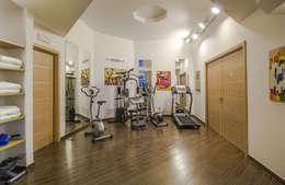 modern Gym by Studio di architettura wirzarchitetti