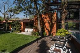 CASA PA: Casas de estilo moderno por HDA: ARQUITECTURA BIOCLIMATICA