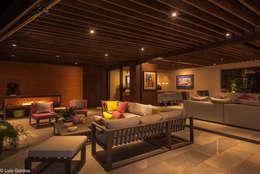 CASA PA: Terrazas de estilo  por HDA: ARQUITECTURA BIOCLIMATICA