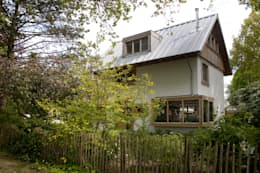modern Garden by JE-ARCHITECTEN