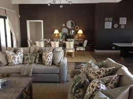 modern Living room by Katie Allen Decor & Design/Urban Yuppi