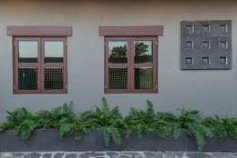 Casas de estilo moderno por LUIS GRACIA ARQUITECTURA + DISEÑO