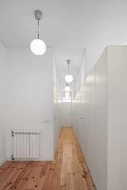 الممر والمدخل تنفيذ Tiago Filipe Santos - Arquitetura