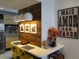 modern Dining room by Priscila Boldrini Design e Arquitetura