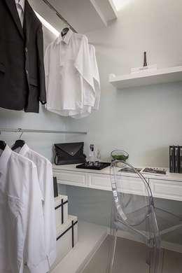 機能結合:  臥室 by 你你空間設計
