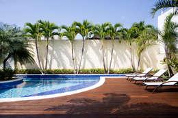 tropische Tuin door Priscila Boldrini Design e Arquitetura