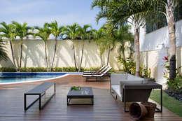 Jardines de estilo topical por Priscila Boldrini Design e Arquitetura
